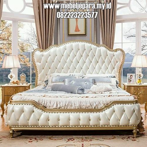 Tempat Tidur Mewah Modern Warna Emas