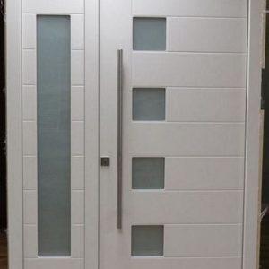 Pintu Kupu Tarung Besar Kecil Asimetris