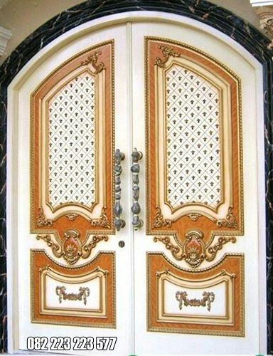Kusen Pintu Depan Kupu Tarung Klasik Mewah