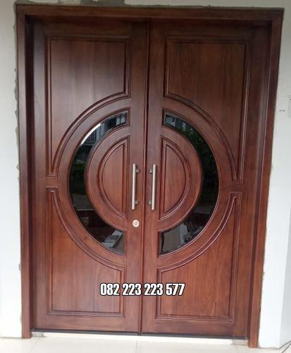 Pintu Rumah Kaca Tengah Daun Kupu Tarung Kayu Jati
