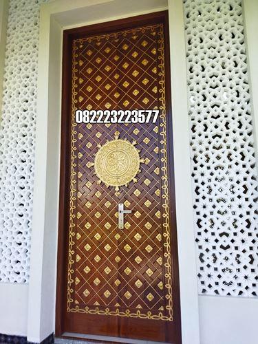 Kusen Pintu Mushola Motif Ukiran Nabawi