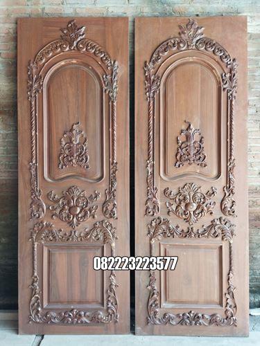 Pintu Ukir Kayu Jati Jepara Kupu Tarung Klasik