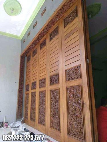 Pintu Ukir Garasi Rumah Kayu Jati Model Klasik Terbaru